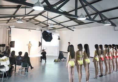 华谊新面模特大赛平面拍摄环节