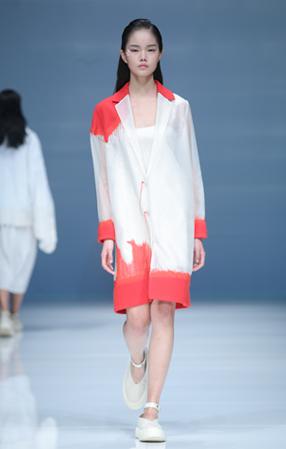 李芙瑶:中国国际时装周